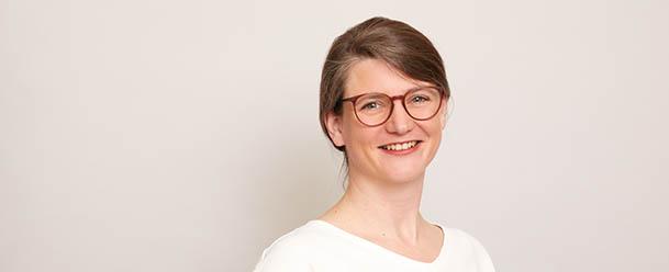 Dr. Anja Lohmann